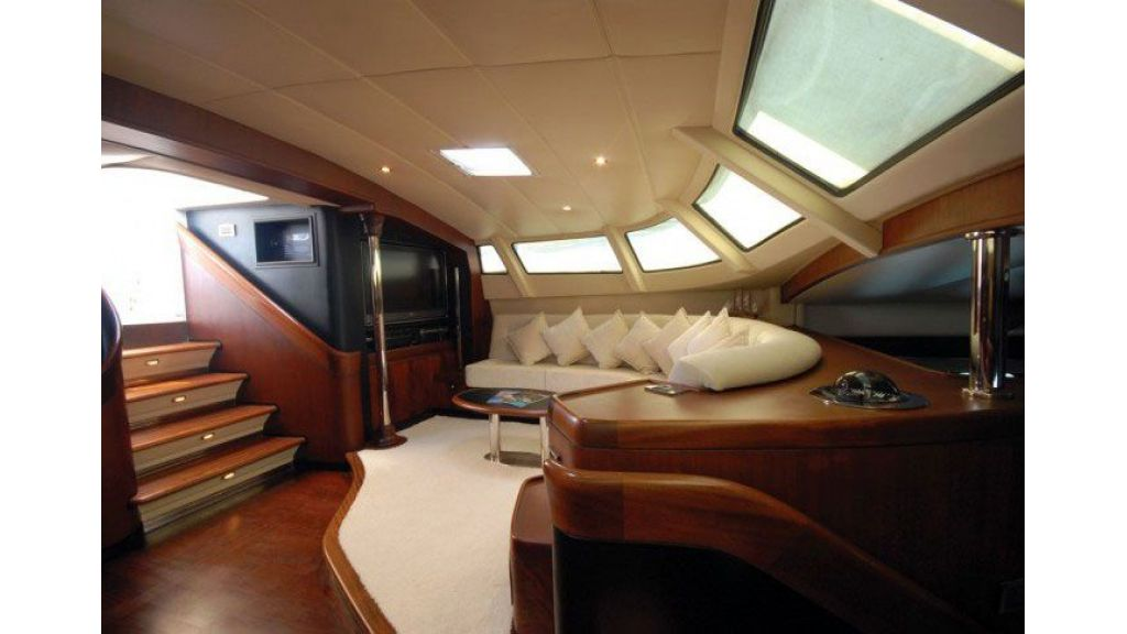 Sailing_Yacht_Rozinante_-(9)
