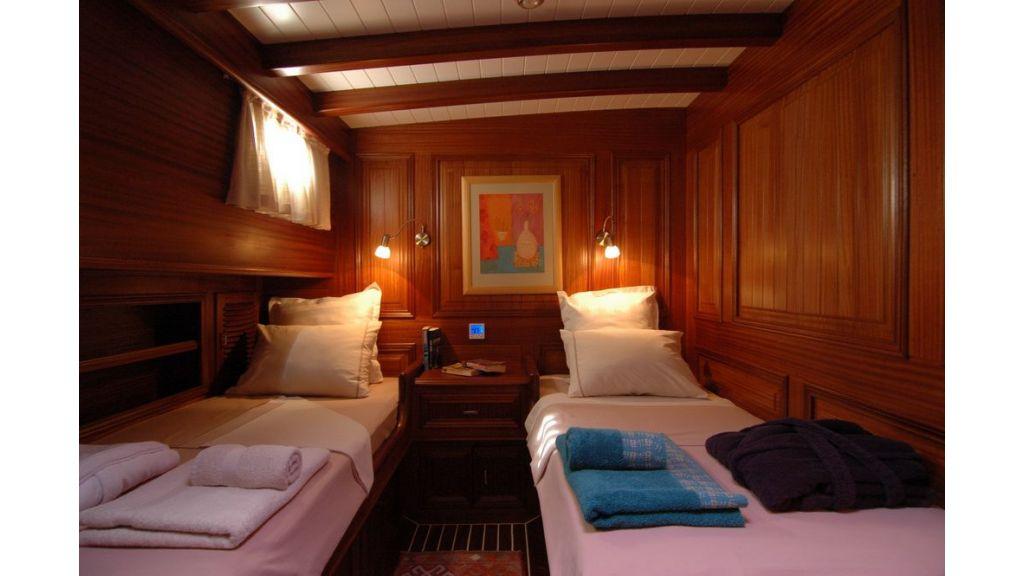 Samarkand twin cabin