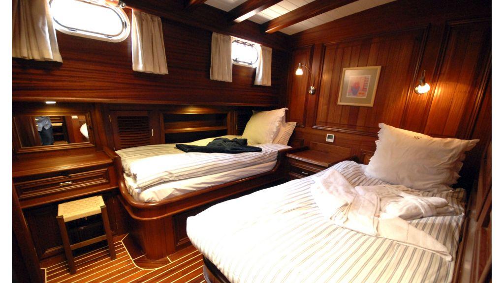 Samarkand Twin Cabin master