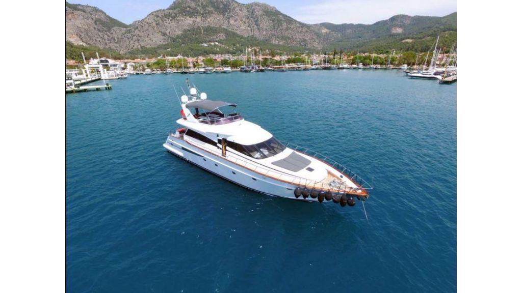 Ser-1 Motor Yacht (2)