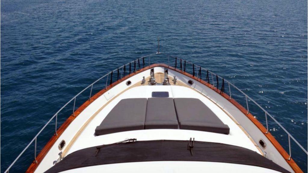 Ser-1 Motor Yacht (8)