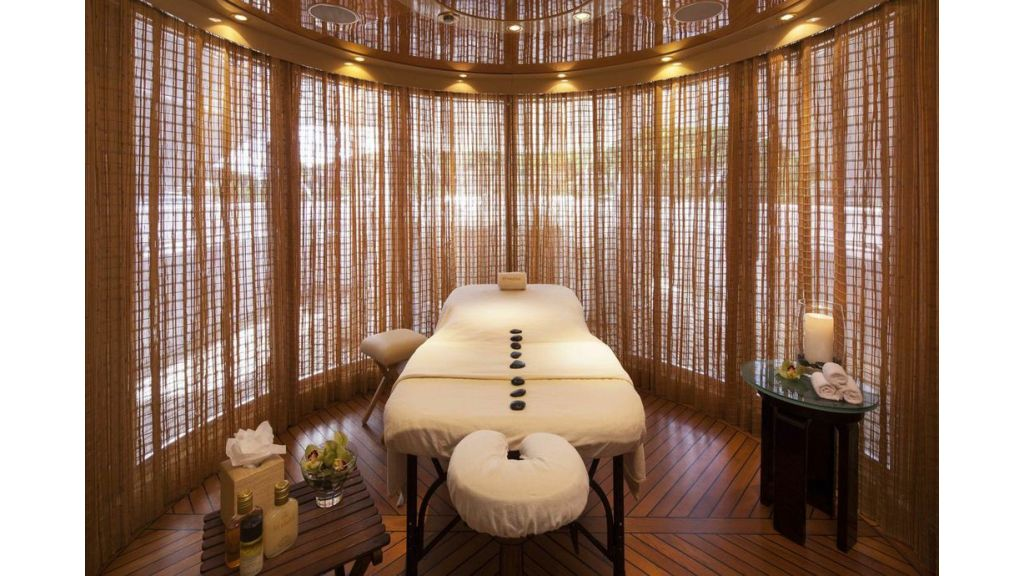 Starfire Massage room