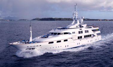 Starfire Super Yacht master