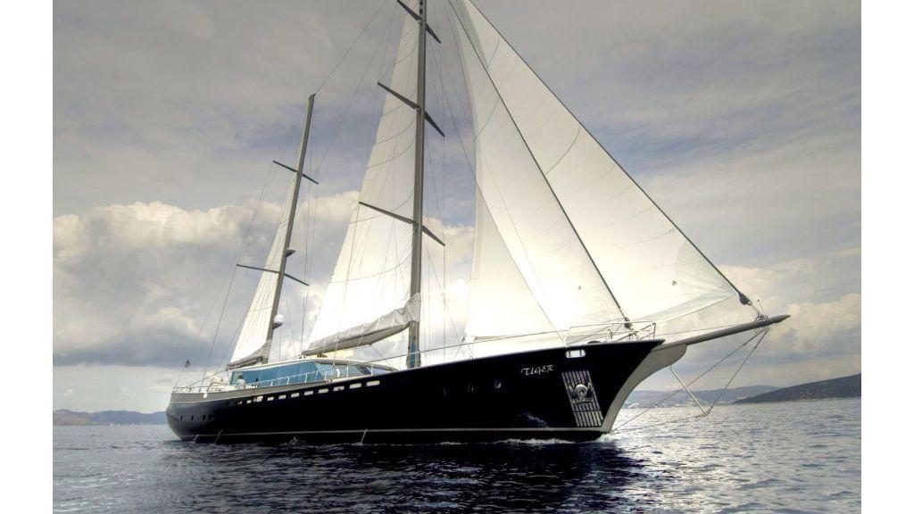 Tiger sailing gulet