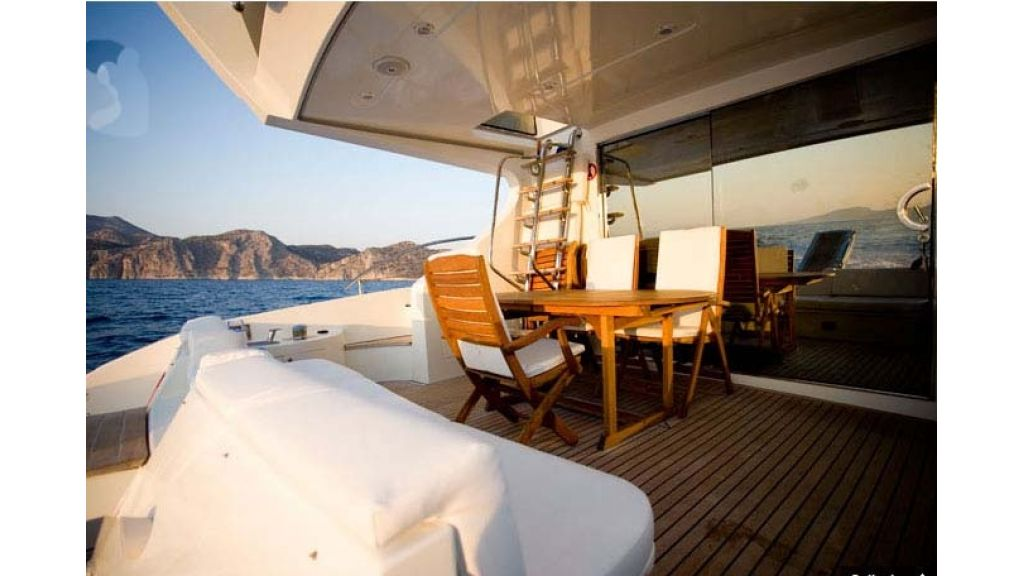 Motoryacht_for sale (3)