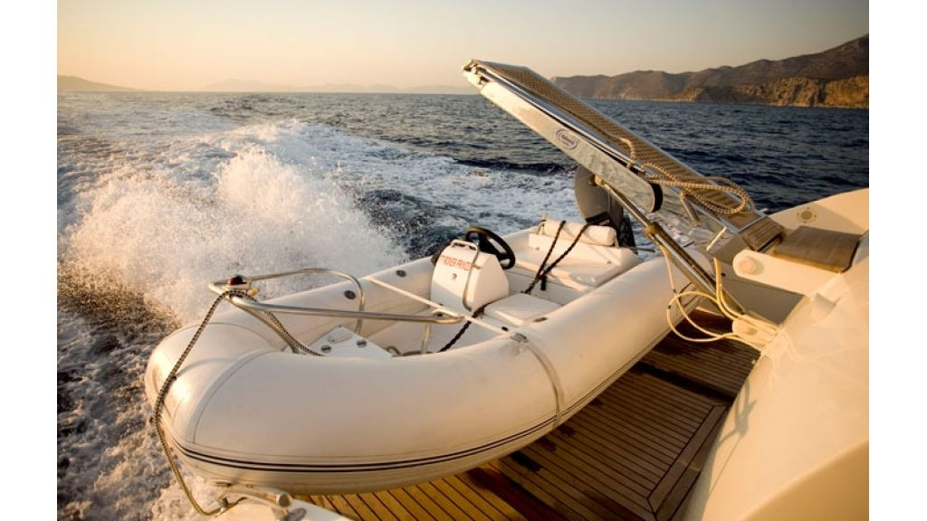 Motoryacht_for sale (11)