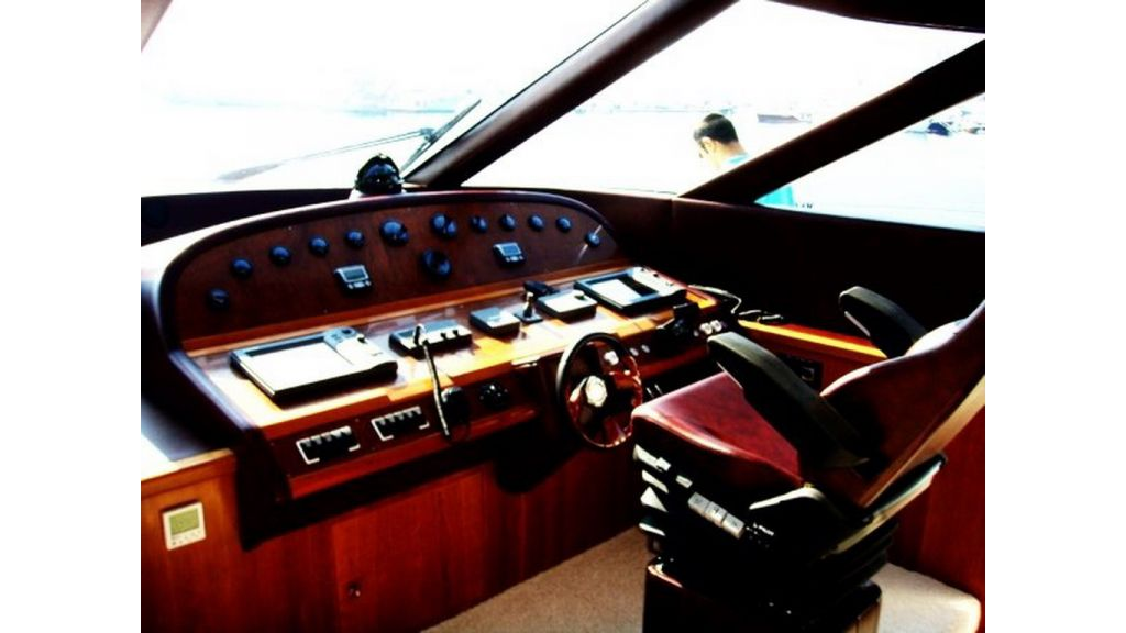 Motoryacht_for_sale (12)