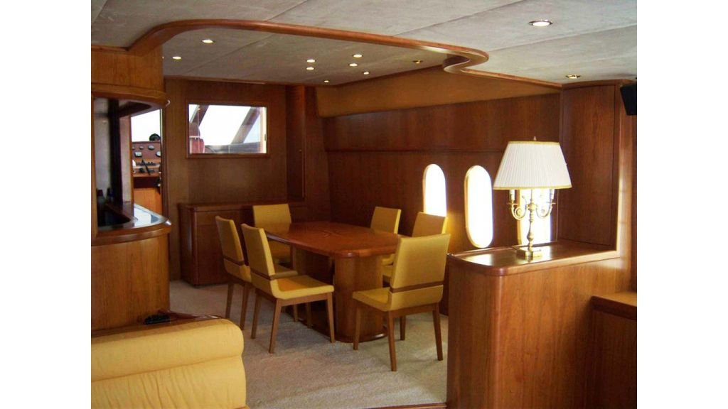 Motoryacht_for_sale (3)
