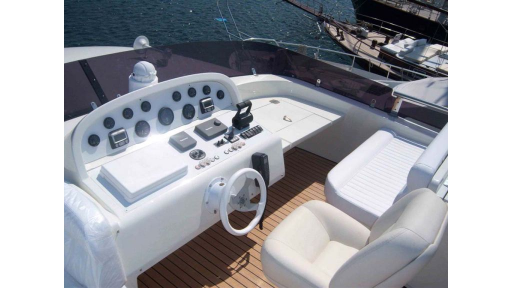 Motoryacht_for_sale (5)