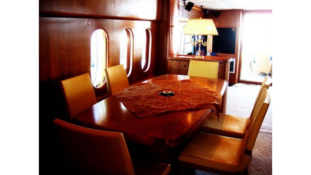 Motoryacht_for_sale (10)