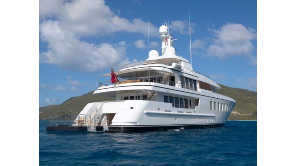 Luxury_motoryacht (14)