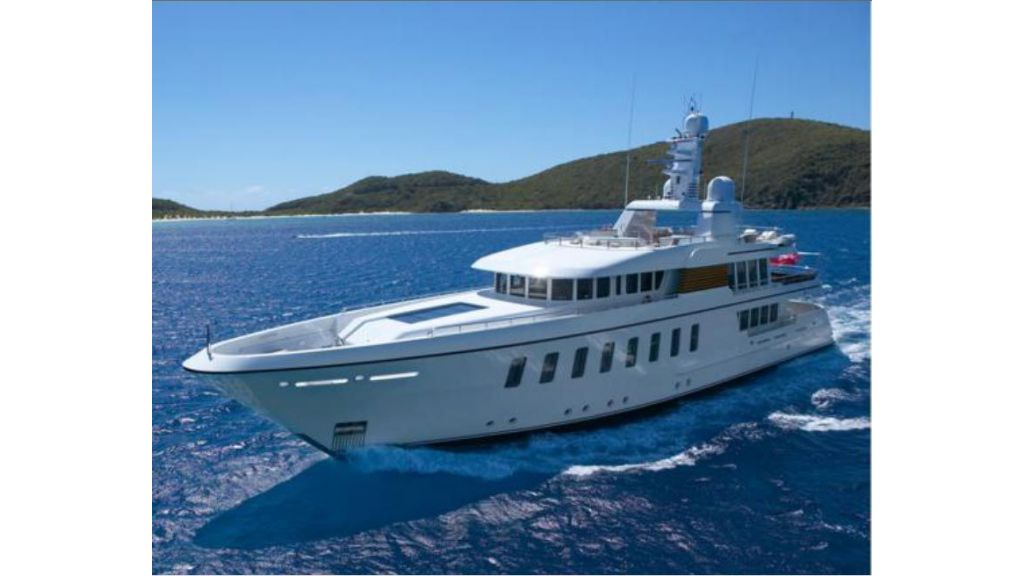 Luxury_motoryacht (2)