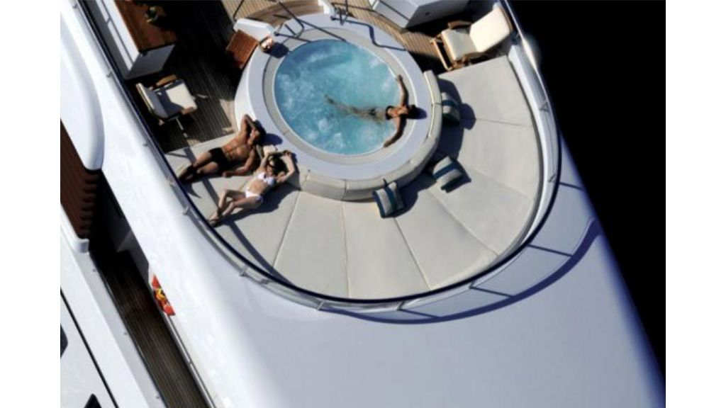Luxury_motoryacht (4)