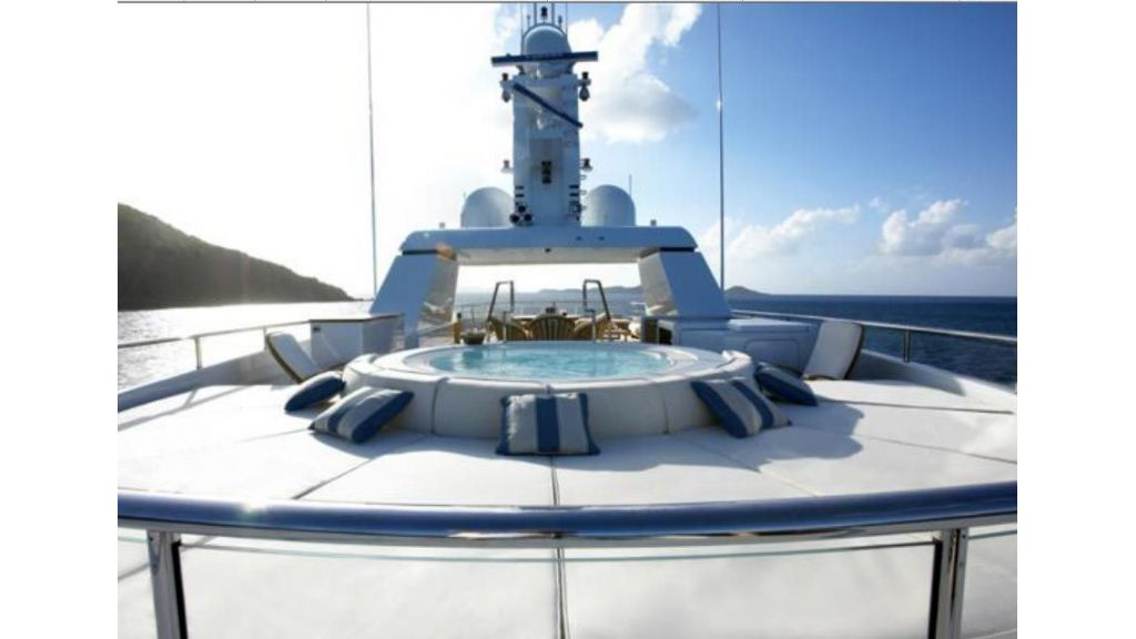 Luxury_motoryacht (5)