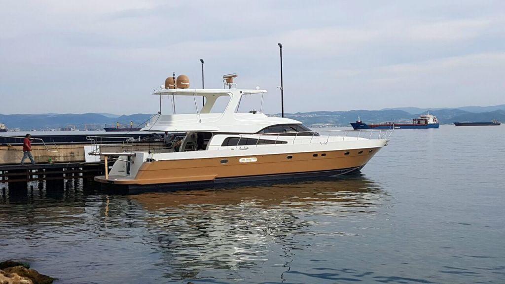 Millennium motor yacht