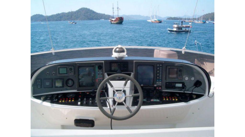 24_meters_motoryacht (11)