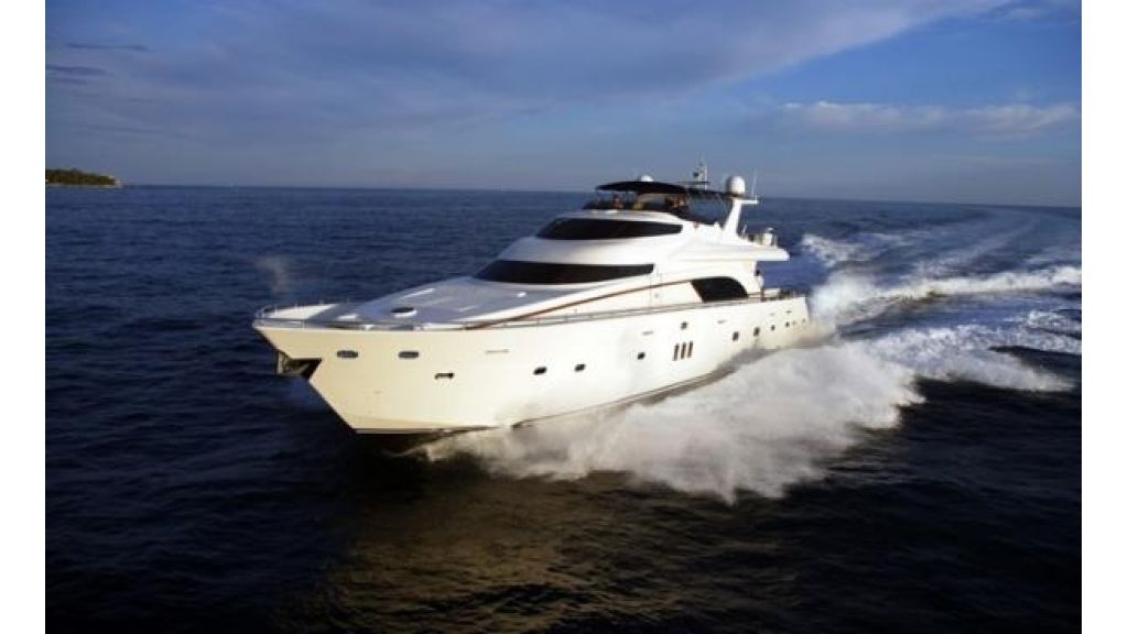 Luxury_motoryacht_for_sale (2)