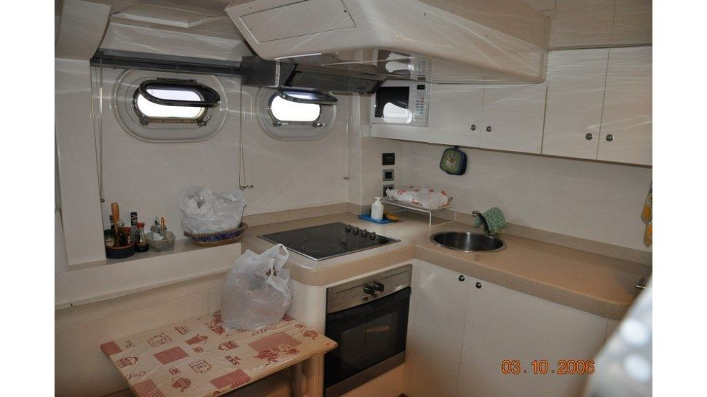 De Birs82 motor yacht for sale (12)