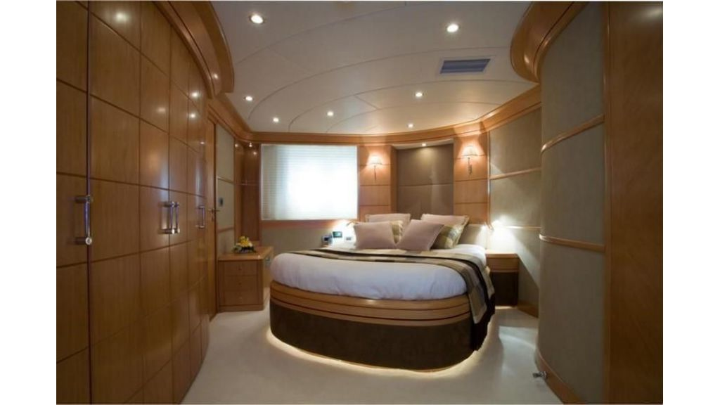 De Birs82 motor yacht for sale (19)