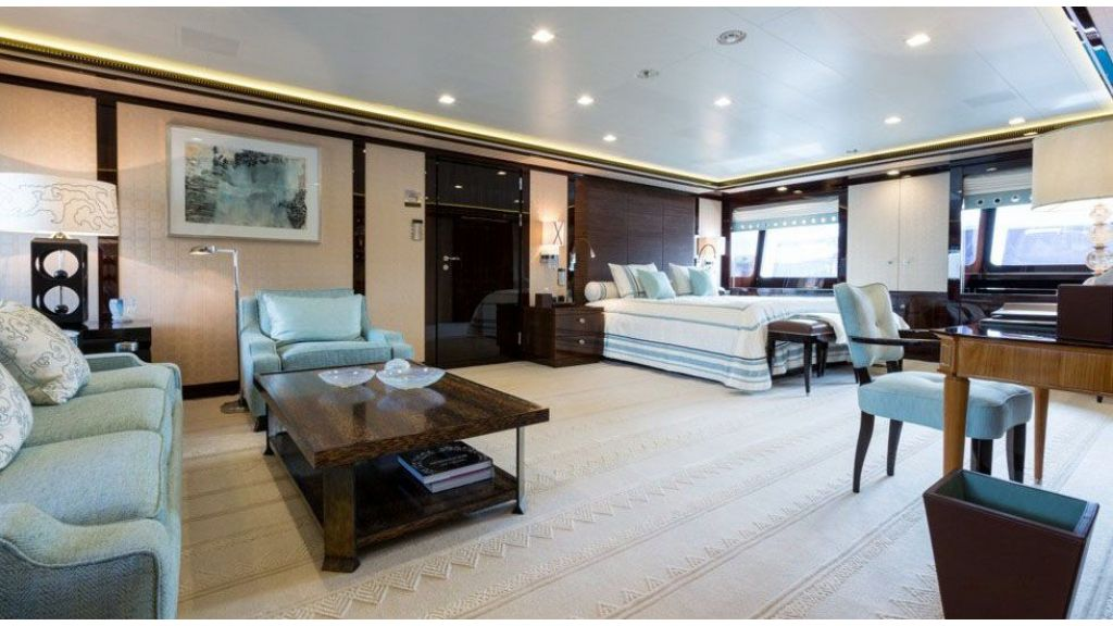 Mega yacht for sale (34)
