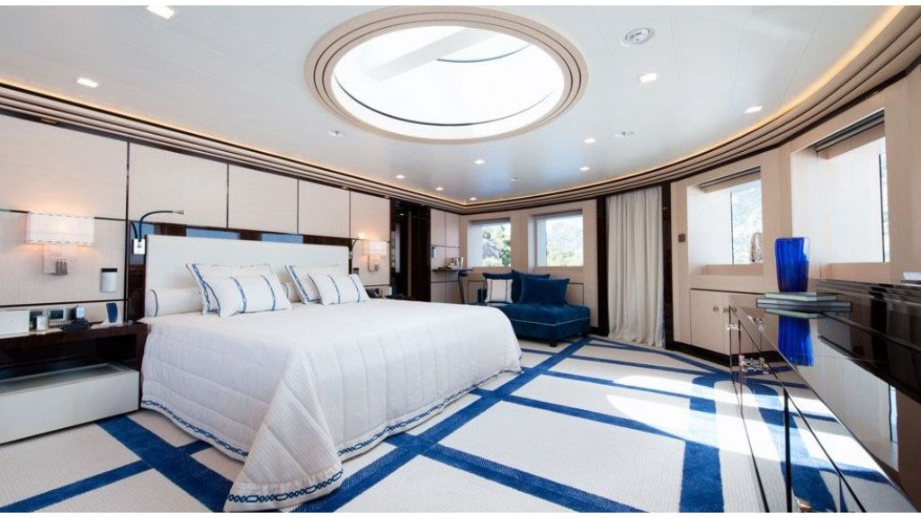 Mega yacht for sale (36)