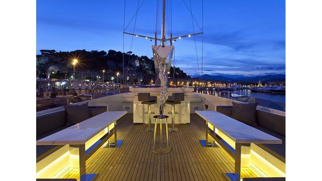 infinity yacht (5)