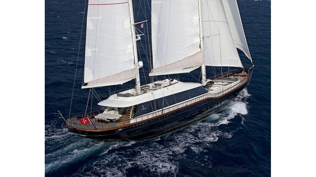 infinity yacht (20)