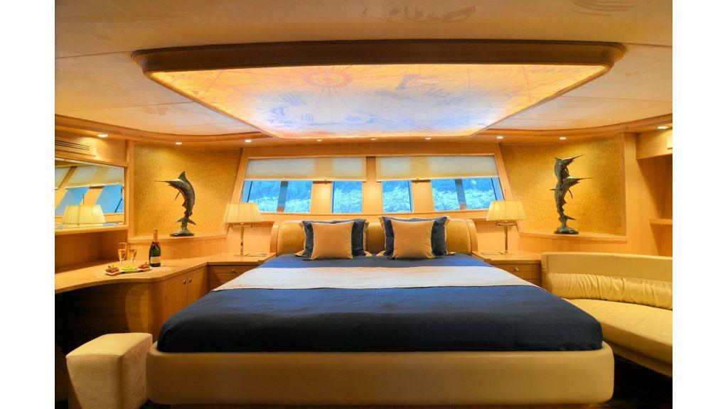 Blue Heaven - Aft Master Room