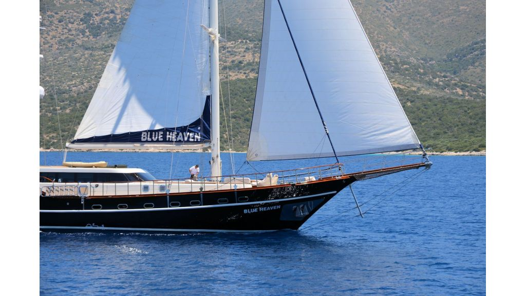 Blue Heaven - Sailing 4 - master