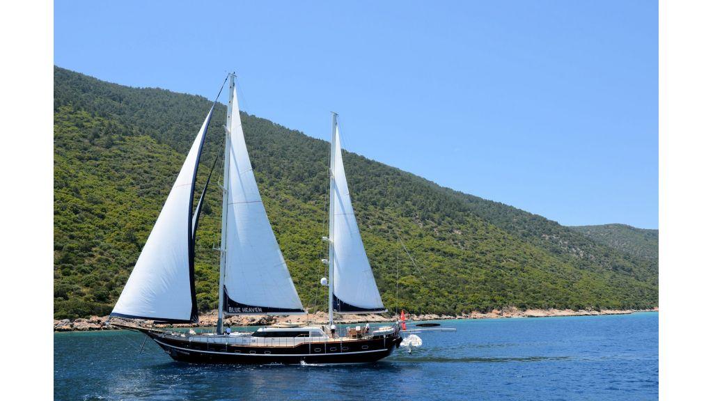 Blue Heaven - Sailing 6