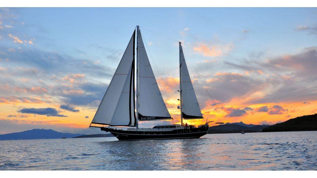 Blue Heaven - Sailing 8 - master