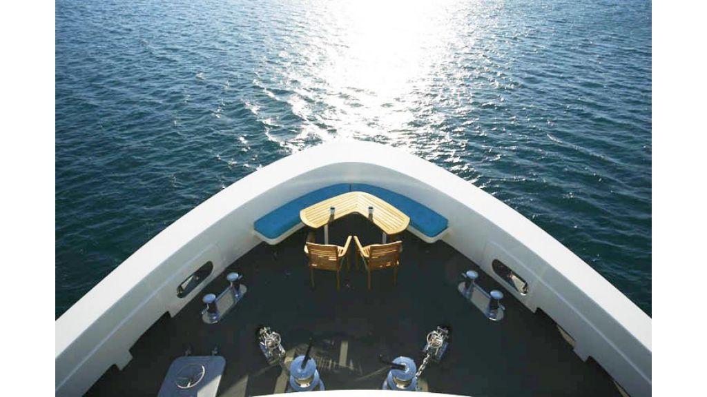 Explorer class motor yacht (37)