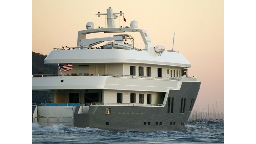 Explorer class motor yacht (5)