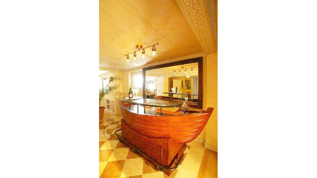 Explorer class motor yacht (50)