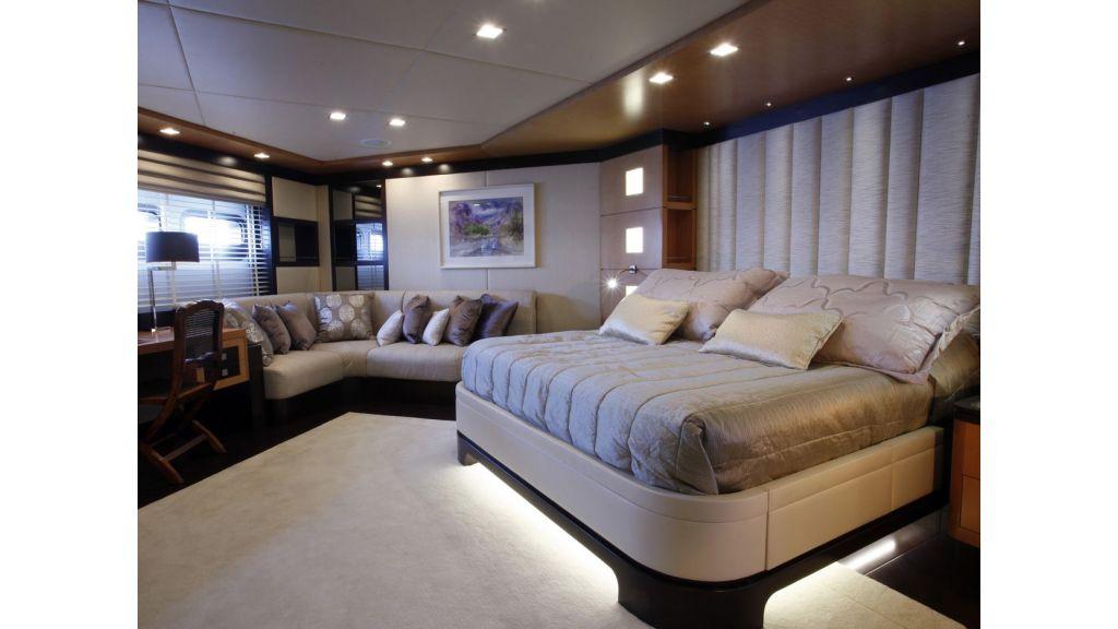 Serenity-2-Motor yacht-master