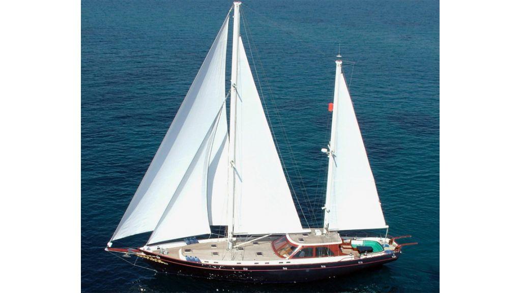 Sailing_yacht (13)
