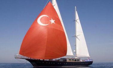 Sailing_yacht_Le_Pietre_ (1)