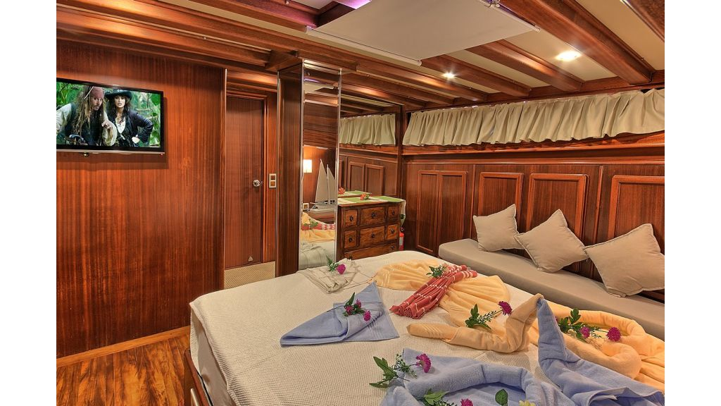 3 Cabins Gulet Romance (26)