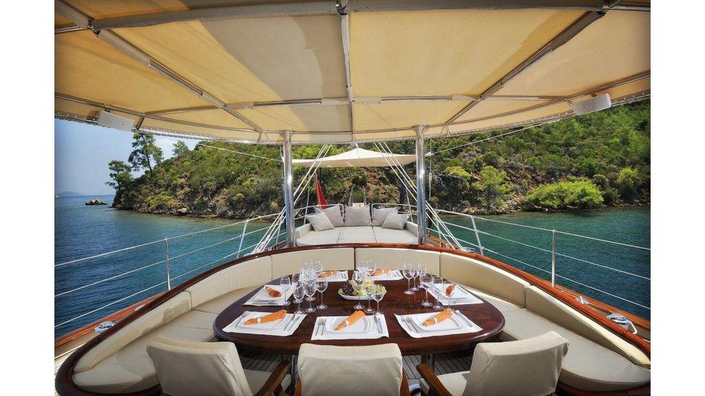 Sailing Yacht-Regina master