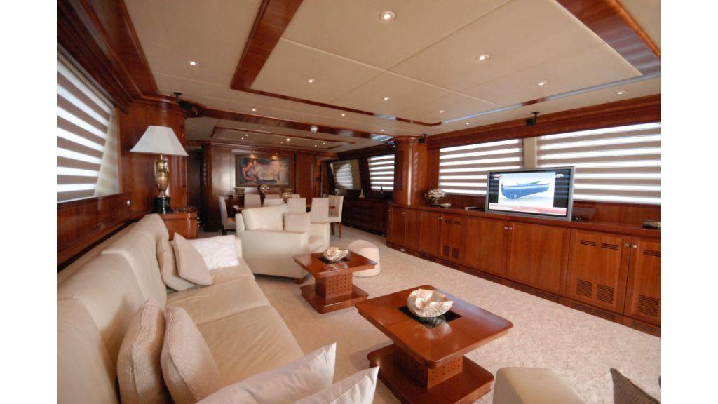 FALCON 115_motoryacht (9)