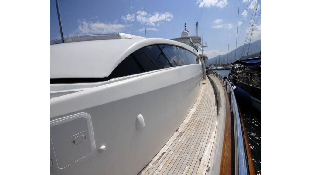 FALCON 115_motoryacht (3)