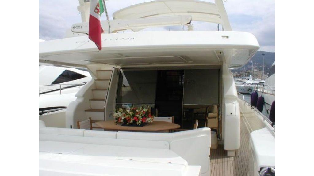 Ferretti_72_motoryacht (14)