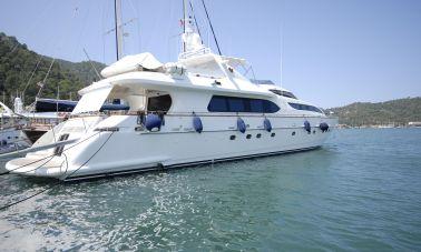 Falcon 115 motoryacht master