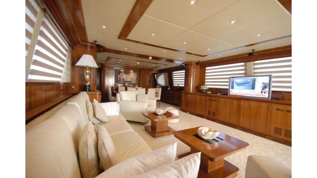 Falcon motoryacht master