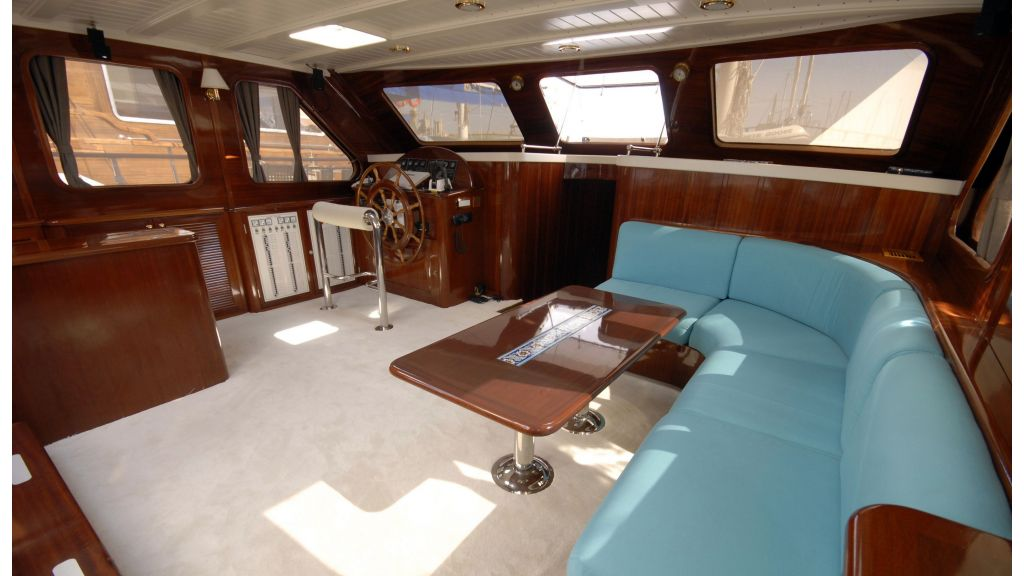 white goose luxury sailing gulet master