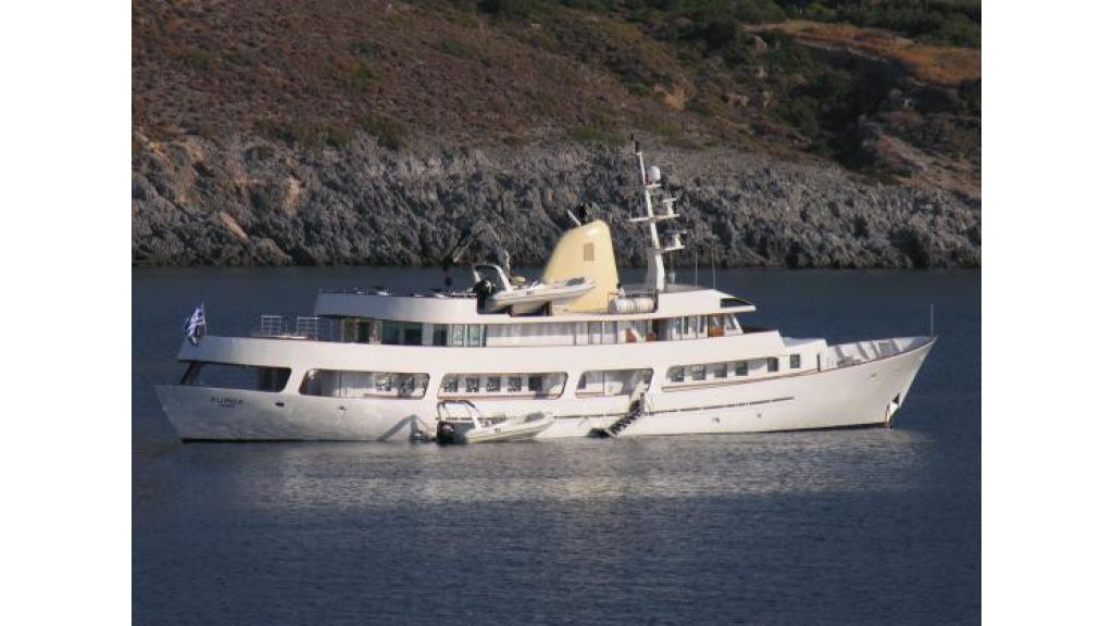 Classic Mega Yacht for Sale (1)