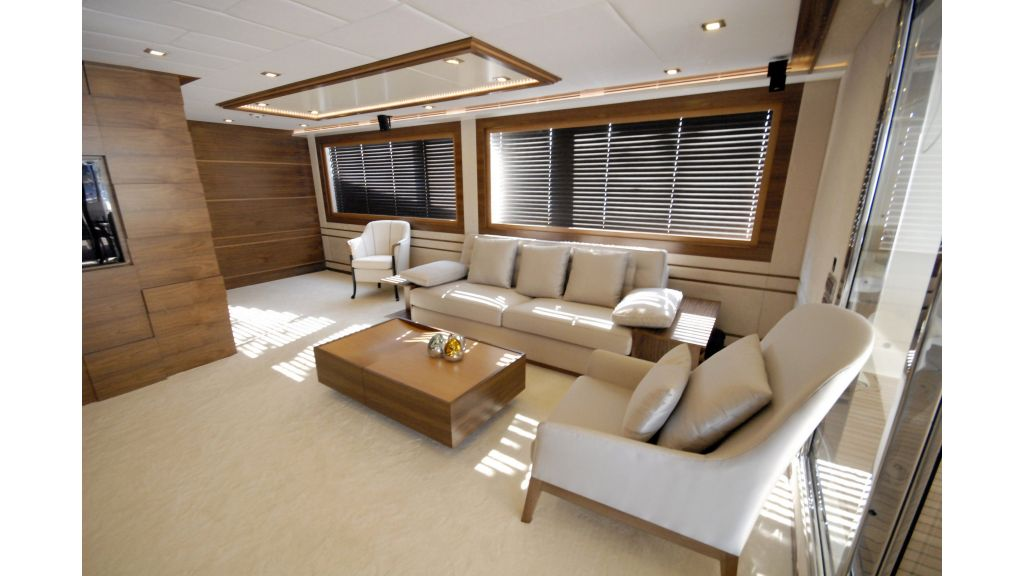 motoryacht steel for charter master