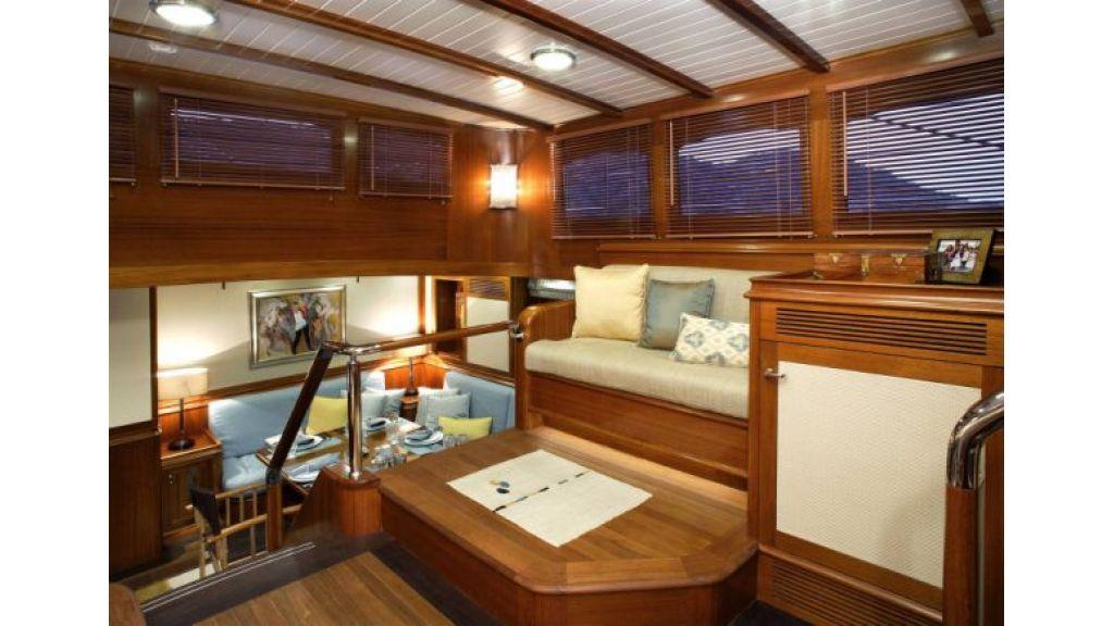 JAZZ_JR_sailing_yacht (14)
