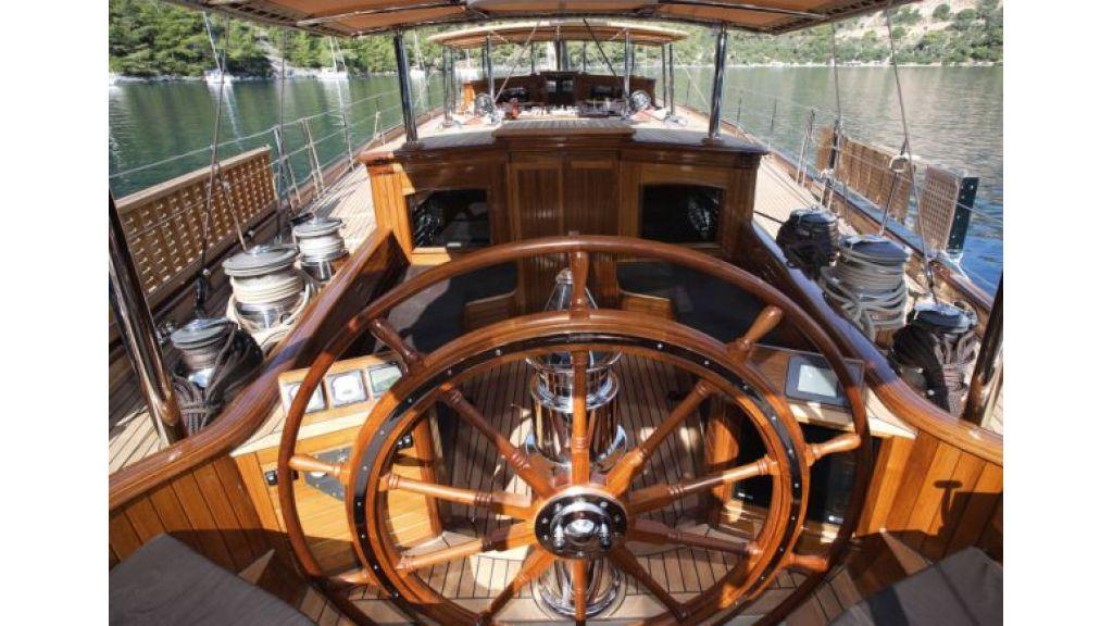 JAZZ_JR_sailing_yacht (4)