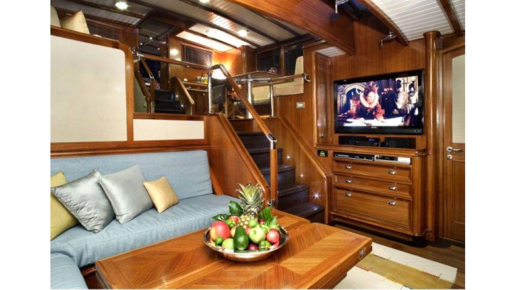 JAZZ_JR_sailing_yacht (9)